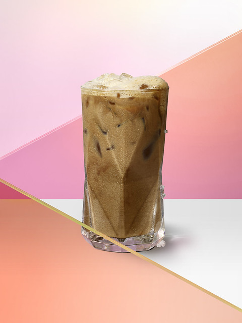 Starbucks_Iced Vanilla Black Tea Latte