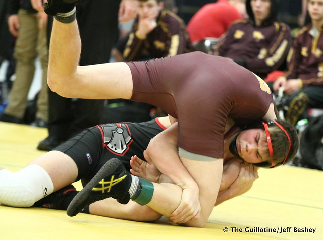 182 - Carter Quam (Kenyon Wanamingo) over Austin Bergum (Forest Lake) Fall 1:03. 190105AJF0309