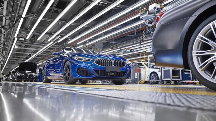 bmw-8-series-convertible-production-start (2)