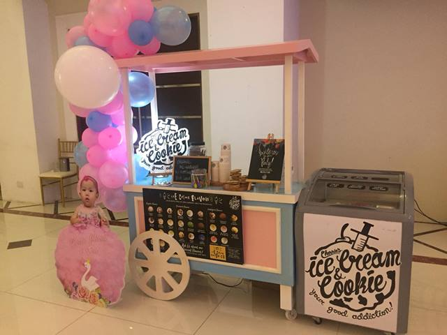 Ice Cream Cart 05