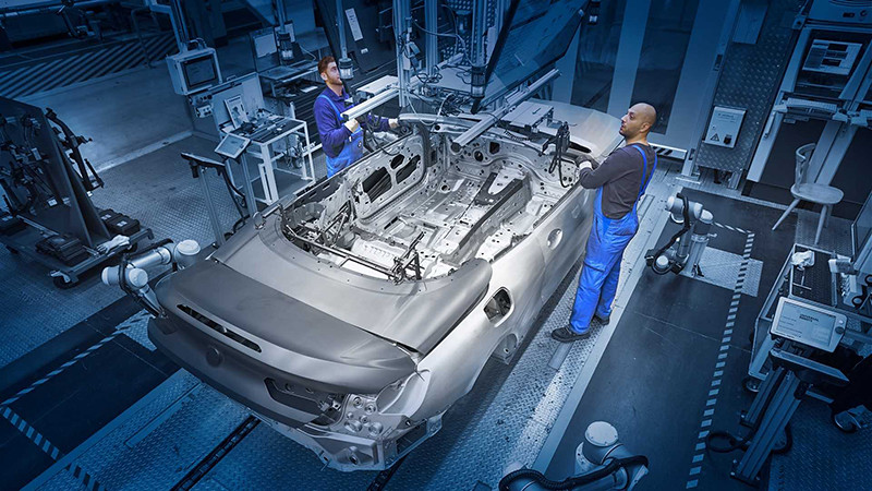 bmw-8-series-convertible-production-start (4)
