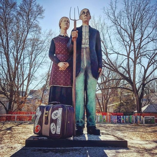 Back on home soil. #iowa #exploreiowa #anamosagothic @traveliowa #iowawinter #midwest #america #americangothic #grantwood #grantwoodcountry