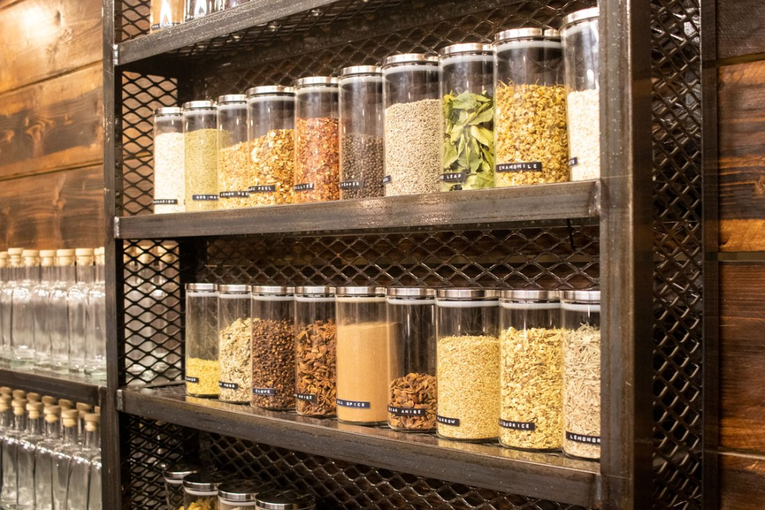 Botanicals-and-Herbs-at-Three-Rivers-Gin-Making-Experience