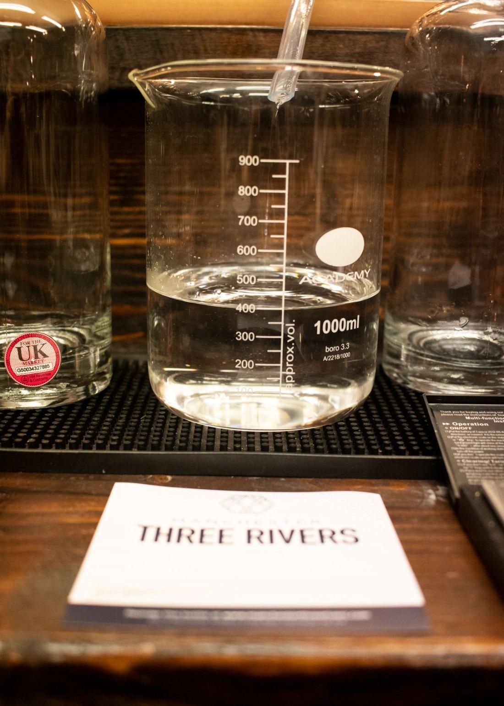 Making-my-own-gin-at-Three-Rivers-Gin