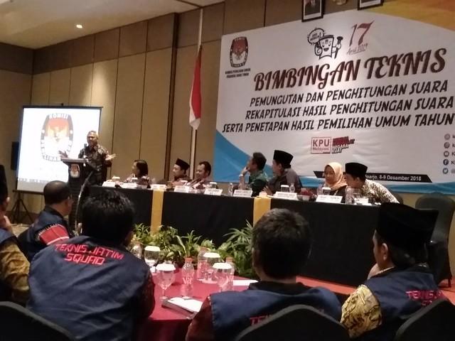 Suasana bimtek Tungsura di Hotel Premier Palace Sidoarjo (9/12)