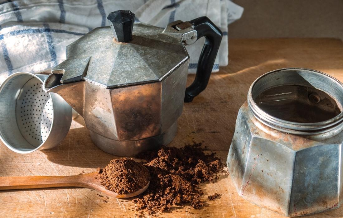 Como preparar café com a Moka