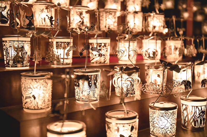 Christmas lights & market walk