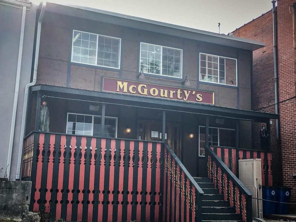 McGourty's Pub-003