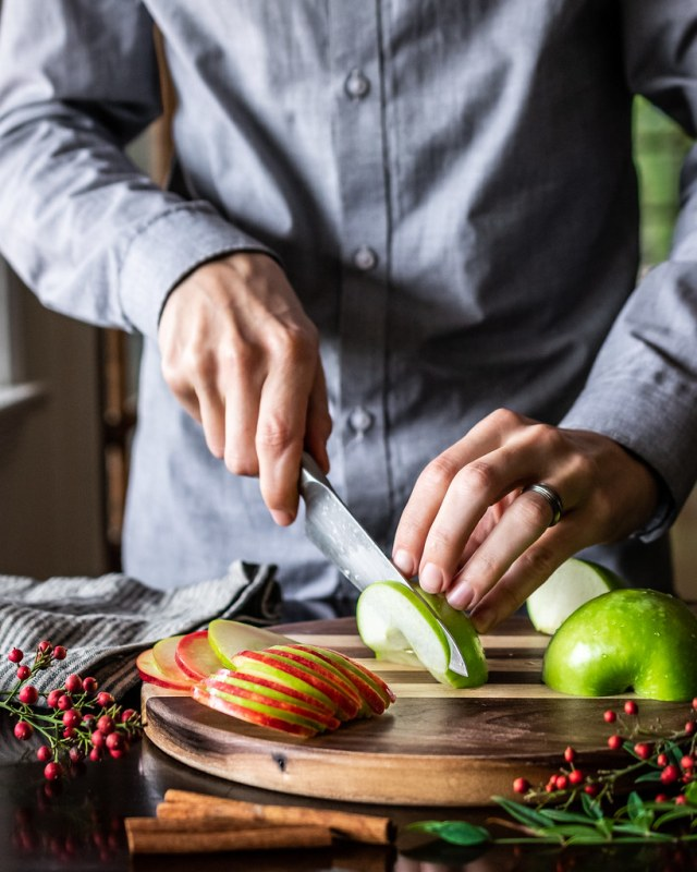 thin slices of red & green apples make an easy festive garnish