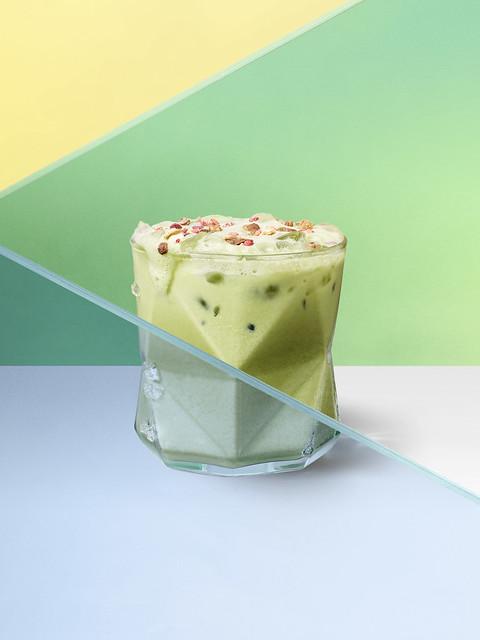Starbucks_Iced Oat Matcha Latte