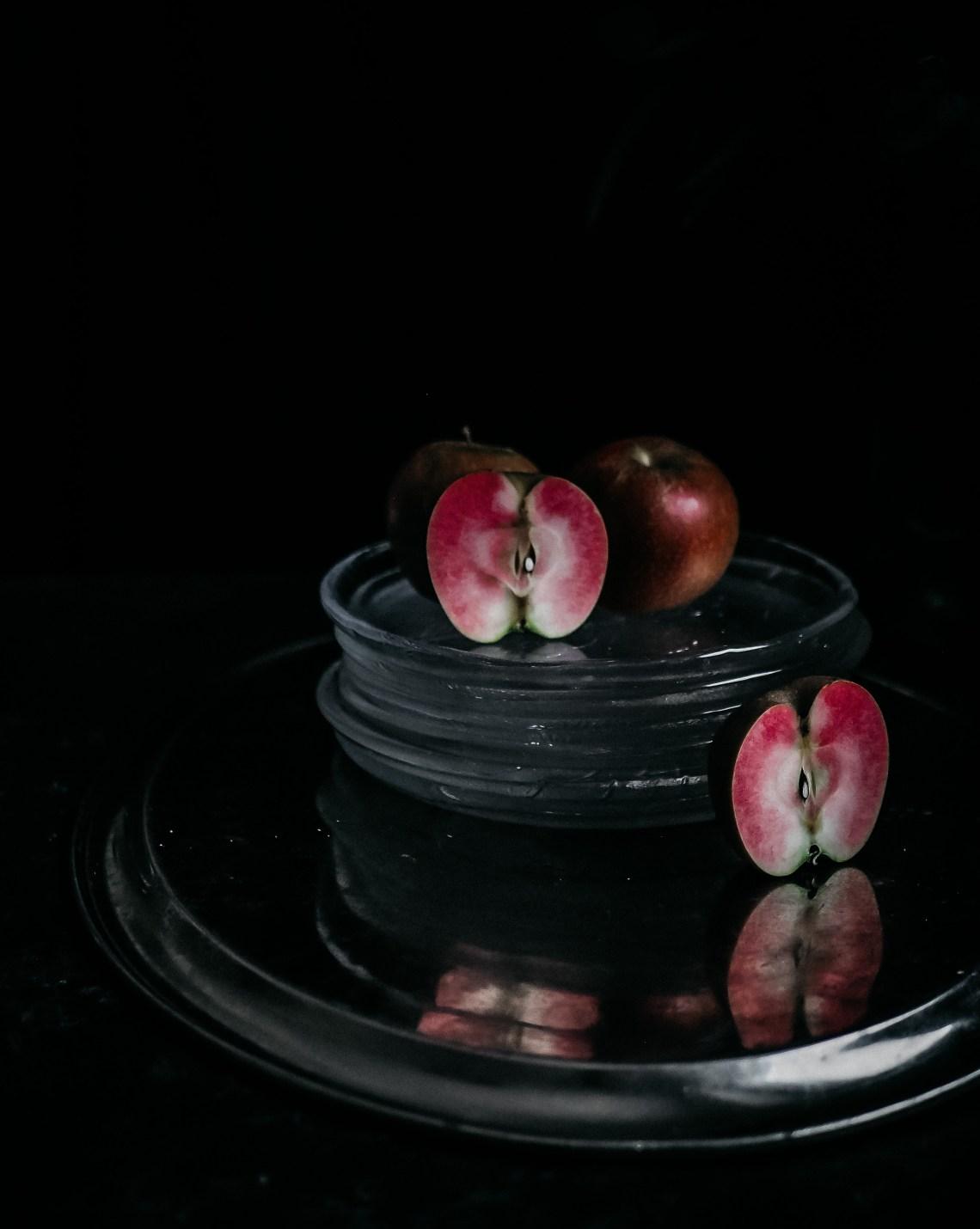 sisältä punainen omena