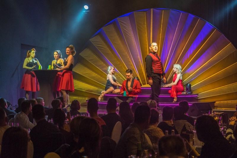 Finale Palais Revue