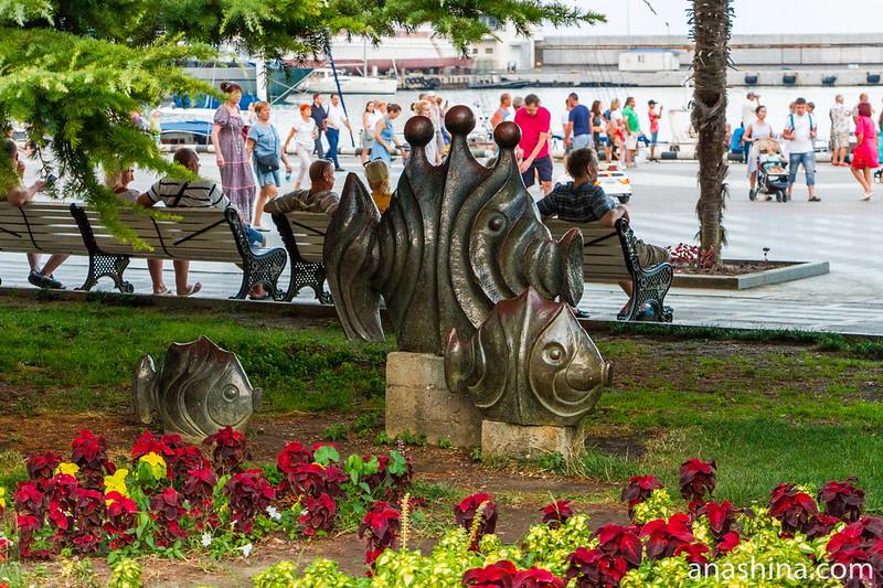 Рыбы, Ялта, Крым
