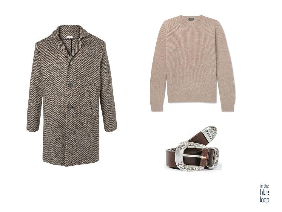 Look deportivo con abrigo de espiga, jersey beige y cinturón Uga masculino de cuero blue hole