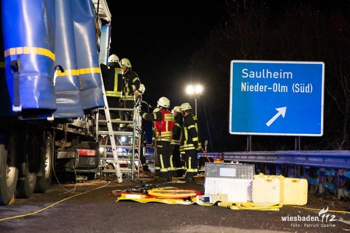 Schwerer LKW-Unfall Nieder-Olm 07.12.18