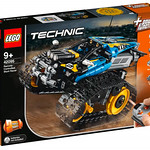 LEGO Technic 42095 Remote Controlled Stunt Racer 1