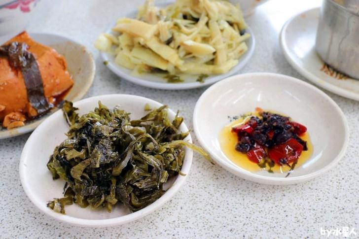 30981812387 41f9cfa357 b - 東興市魯肉義 從中午賣到凌晨5點宵夜場,還有肉燥飯、豬腳飯