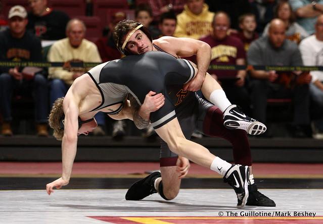 125 #6 Sean Russell (Minnesota) maj. dec. #19 Devin Schroder (Purdue) 9-0. 190203AMK0134