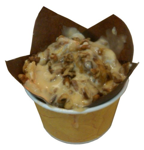 Cinnabon Pecanbon Center of the Roll