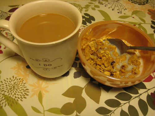 coffee and Kashi Go Crisp! cereal