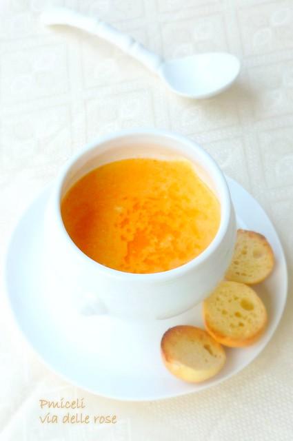 Bisque di gamberi all'arancia