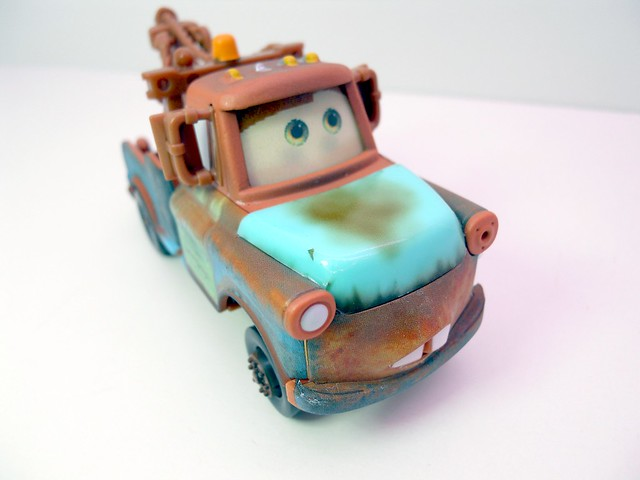 disney cars chase mater with hood  (2)
