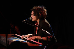 Marsha Ambrosius with Keyboard at Dingwalls, L...