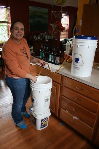 Siphoning from the fermenter to the bottling bucket
