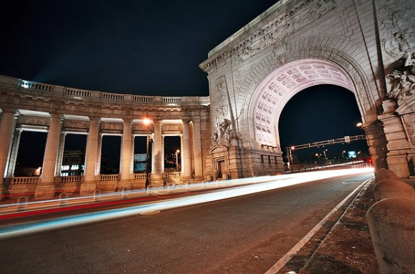Manhattan Bridge Entrance at Night (Bessa-L)