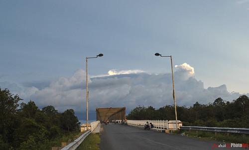 jembatan kahayan dari 'seberang'
