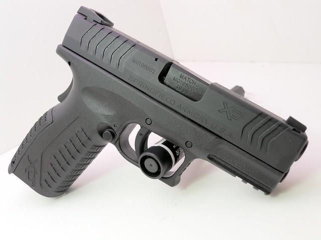 springfield armory xdm 3.8 .40 caliber (7)