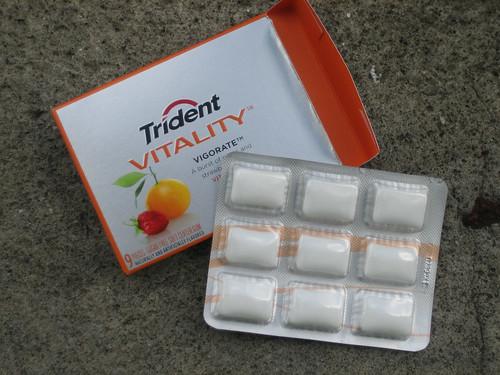 Trident Vitality Vigorate Gum 2
