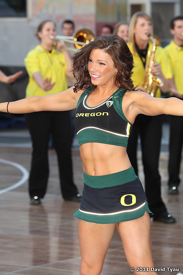 Oregon Cheer 003