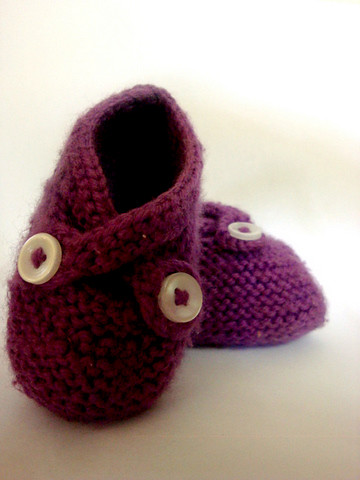 KNIT Purple Booties1-1