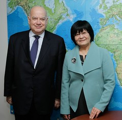 Secretary General Meets with Canada's Minister...