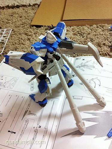 Building MC RX-93-2 Hi Nu Gundoom Gundam (22)