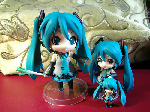 05 - Nendoroid Hatsune Miku: Normal, Petit, and Plus
