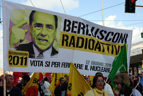 "foto ""Berlusconi Radioattivo"" by hidden side - flickr"