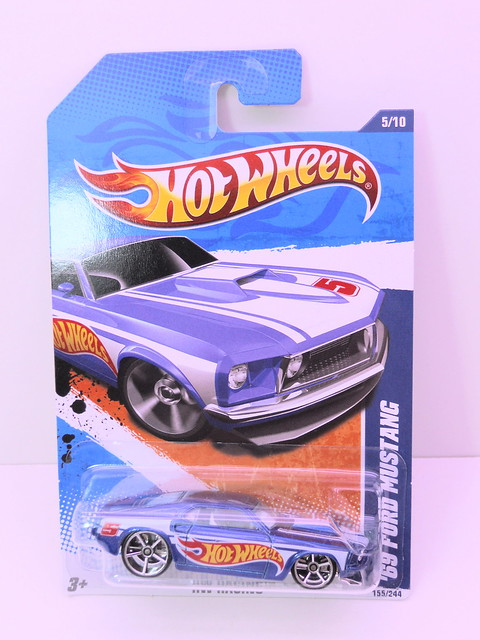 hot wheels '68 FORD mustang blue (1)