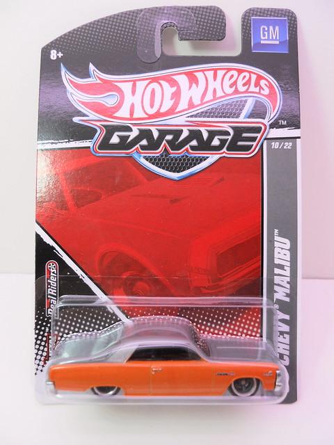 hot wheels garage '65 chevy malibu (1)