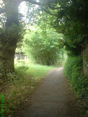 Totteridge on a hot day, May 2011