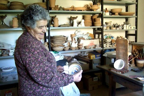 Hand painted majolica ceramics in Deruta
