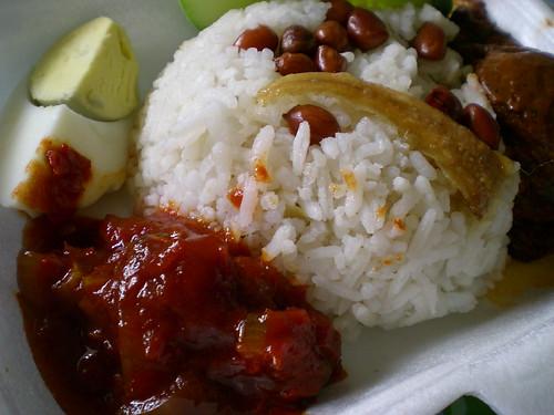 Nasi lemak rendang 2