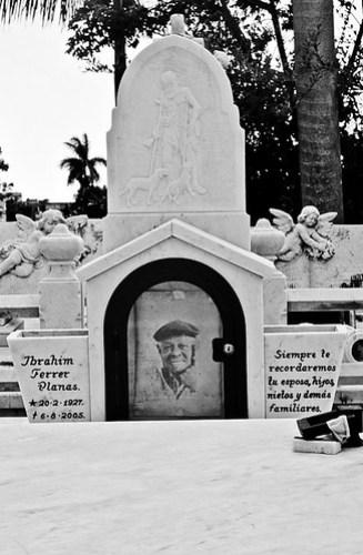 Grave Ibrahim Ferrer
