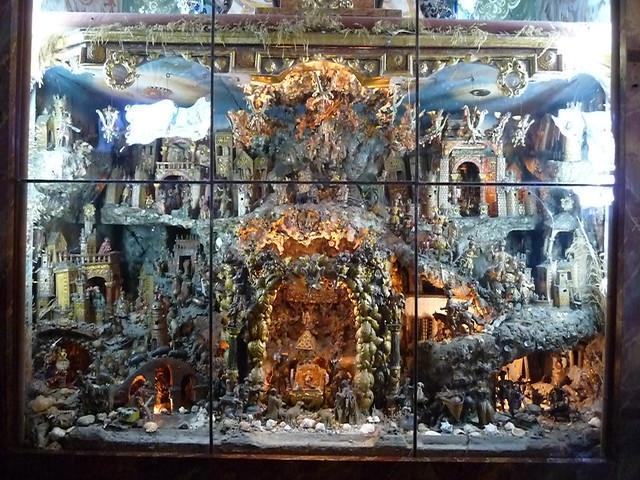f959cbc2d2c Sin embargo el más espectacular belén monástico tipo escaparate que he  visto nunca es el que guarda el convento de Santa Paula de Sevilla y que os  invito a ...