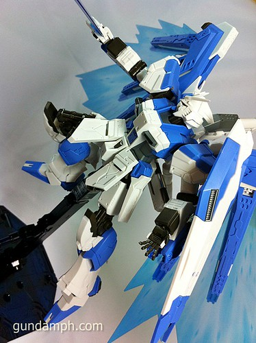 Building MC RX-93-2 Hi Nu Gundoom Gundam (30)