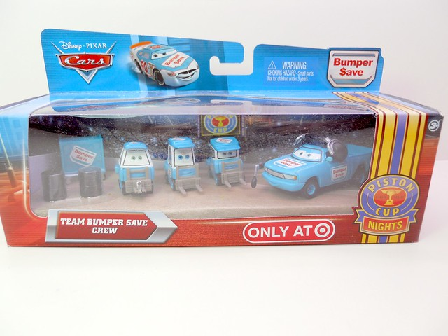disney cars bumper save pit crew set (1)