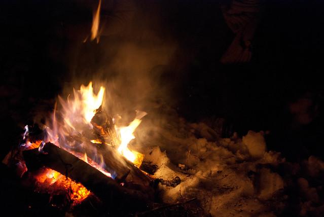 feu sur neige