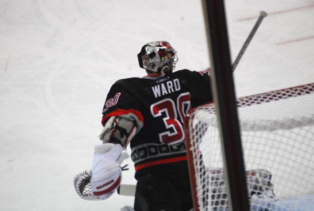 hockey: stars @ hurricanes