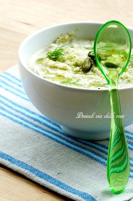 Zuppa di finocchi,tofu e pistacchi